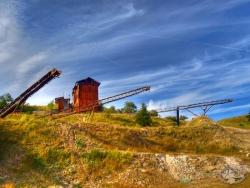 Nieczynna kopalnia kwarcu Stanisław (1).jpg