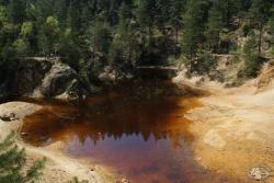 purpurowe jeziorko, rudawy janowickie.jpg